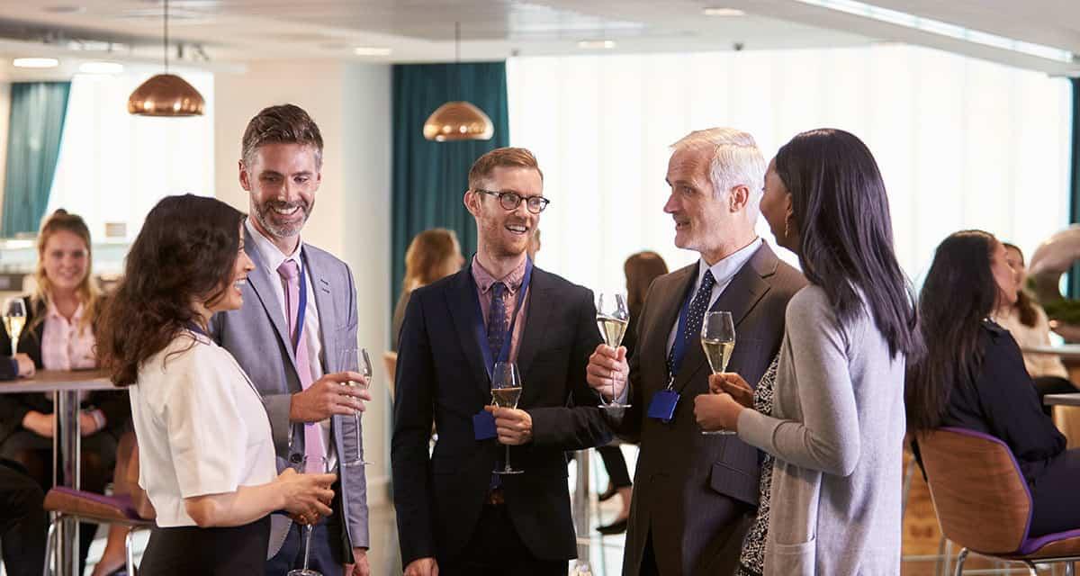 Business-Networking:  Vom Smalltalk zum Business-Talk
